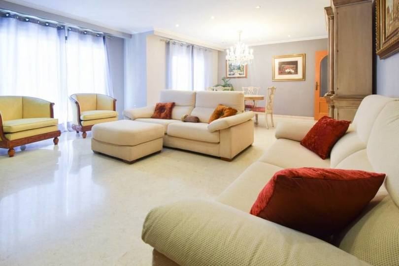 Elche,Alicante,España,3 Bedrooms Bedrooms,2 BathroomsBathrooms,Pisos,12557