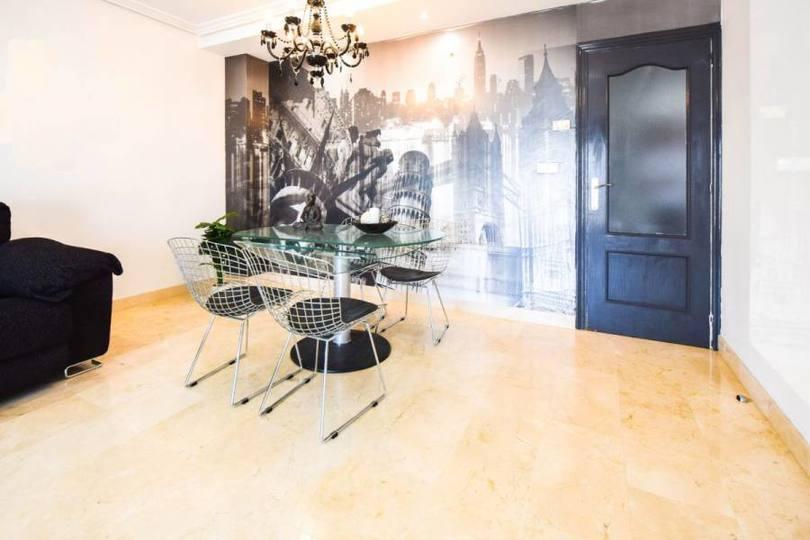 Elche,Alicante,España,3 Bedrooms Bedrooms,2 BathroomsBathrooms,Pisos,12559