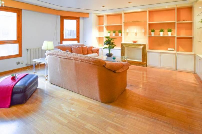 Elche,Alicante,España,4 Bedrooms Bedrooms,2 BathroomsBathrooms,Pisos,12565