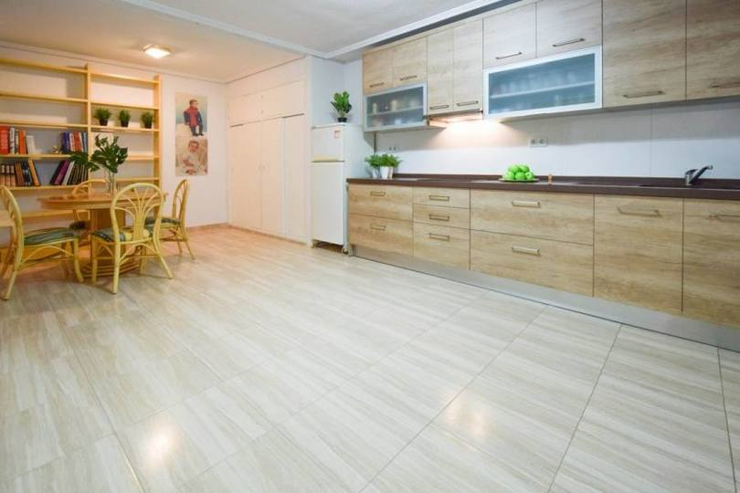 Elche,Alicante,España,4 Bedrooms Bedrooms,1 BañoBathrooms,Pisos,12567