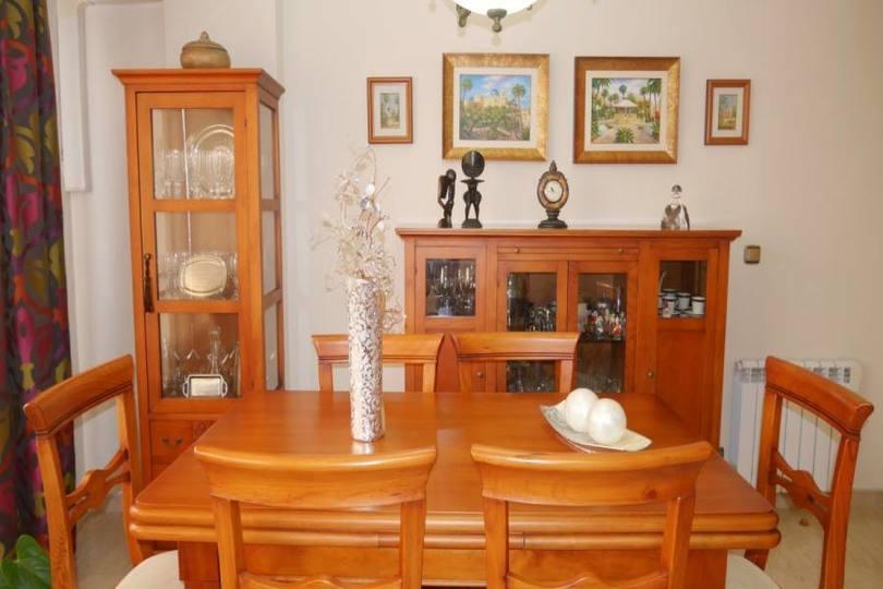 Elche,Alicante,España,3 Bedrooms Bedrooms,1 BañoBathrooms,Pisos,12568