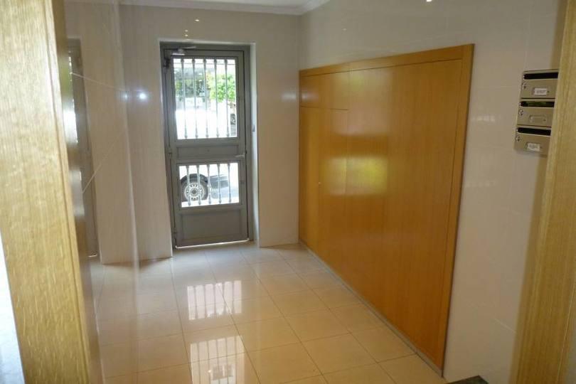 Elche,Alicante,España,3 Bedrooms Bedrooms,1 BañoBathrooms,Pisos,12578