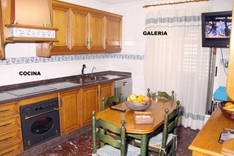 Elche,Alicante,España,4 Bedrooms Bedrooms,2 BathroomsBathrooms,Pisos,12579