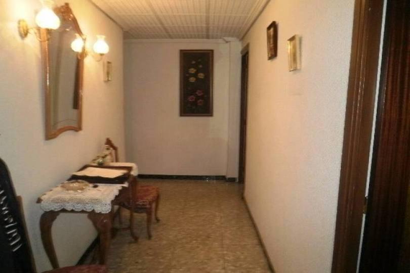 Elche,Alicante,España,4 Bedrooms Bedrooms,1 BañoBathrooms,Pisos,12580