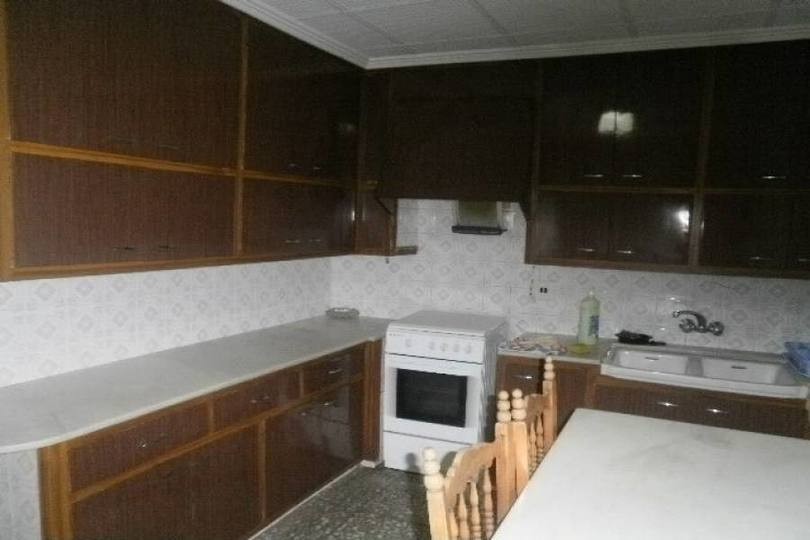 Elche,Alicante,España,4 Bedrooms Bedrooms,1 BañoBathrooms,Pisos,12580