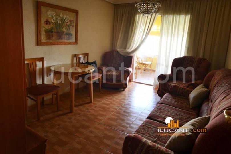 Alicante,Alicante,España,4 Bedrooms Bedrooms,1 BañoBathrooms,Pisos,12581