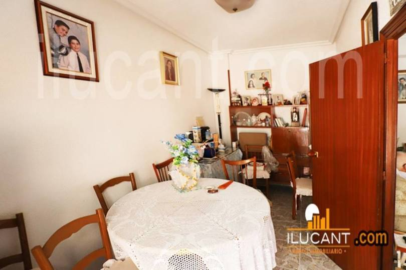 Alicante,Alicante,España,5 Bedrooms Bedrooms,2 BathroomsBathrooms,Pisos,12596