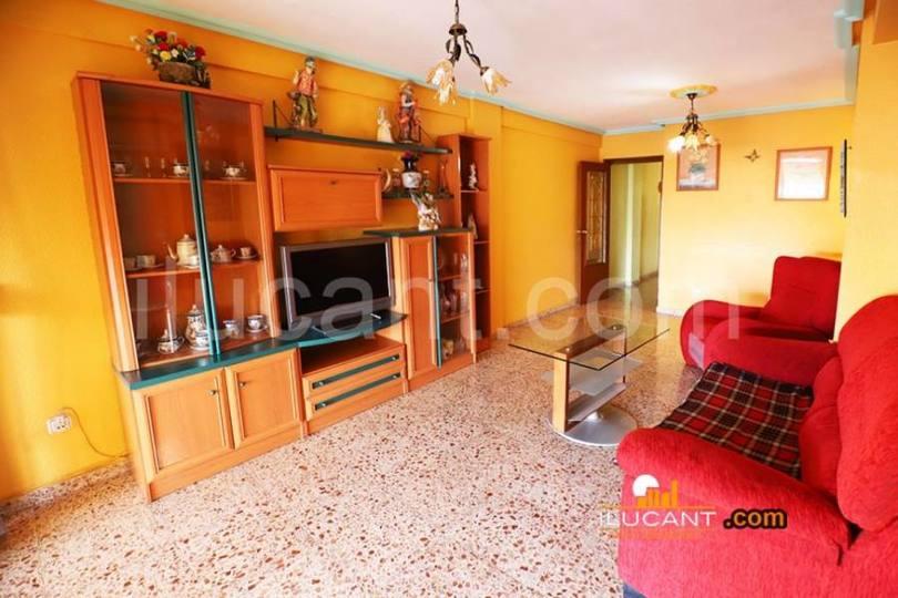 Alicante,Alicante,España,3 Bedrooms Bedrooms,2 BathroomsBathrooms,Pisos,12598