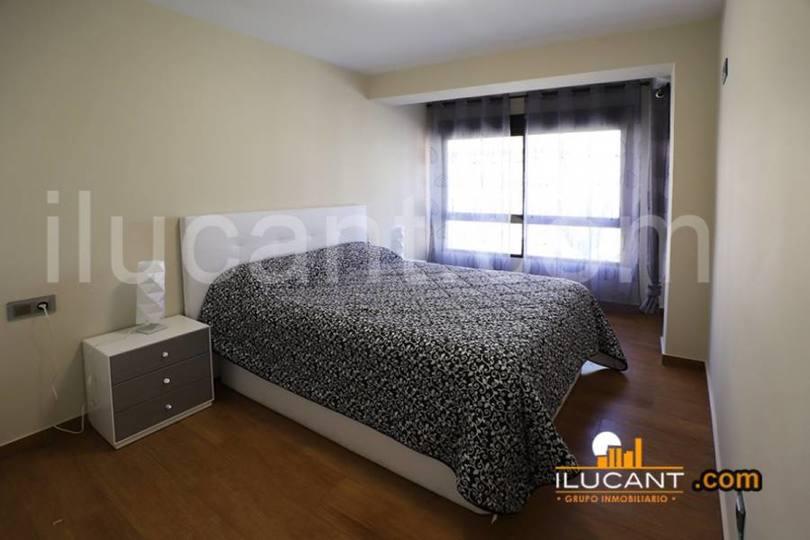 Alicante,Alicante,España,3 Bedrooms Bedrooms,2 BathroomsBathrooms,Pisos,12600