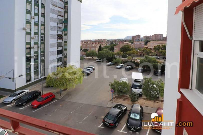 Alicante,Alicante,España,4 Bedrooms Bedrooms,2 BathroomsBathrooms,Pisos,12604