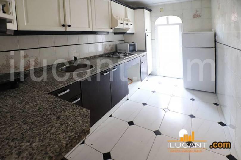 Alicante,Alicante,España,3 Bedrooms Bedrooms,1 BañoBathrooms,Pisos,12608
