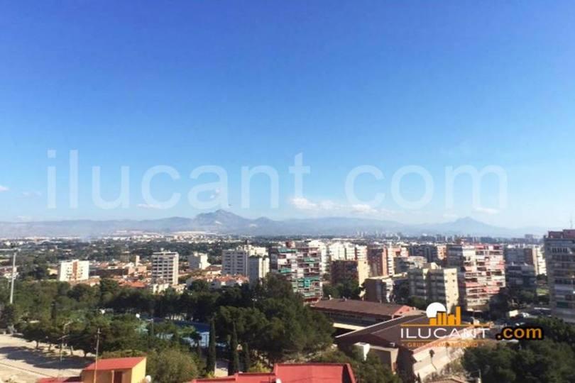 Alicante,Alicante,España,4 Bedrooms Bedrooms,2 BathroomsBathrooms,Pisos,12614