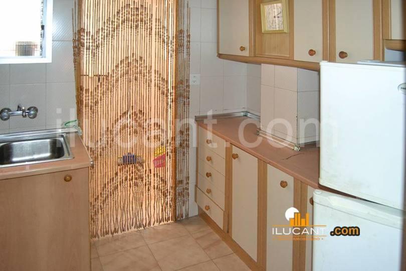 Alicante,Alicante,España,3 Bedrooms Bedrooms,1 BañoBathrooms,Pisos,12625