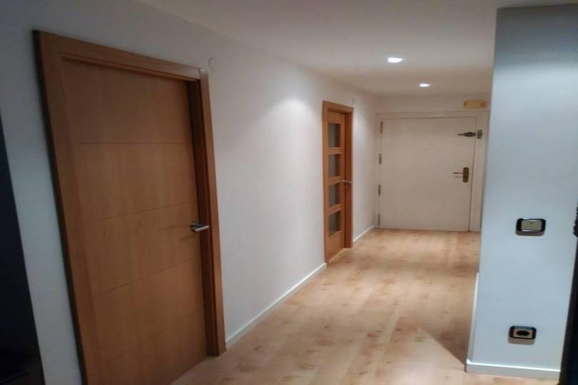 Alicante,Alicante,España,3 Bedrooms Bedrooms,2 BathroomsBathrooms,Pisos,12637