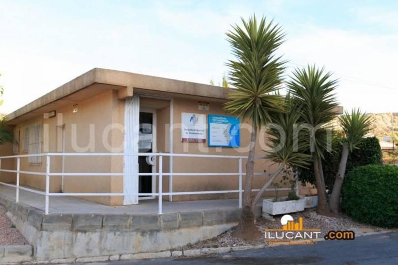 Alicante,Alicante,España,4 Bedrooms Bedrooms,1 BañoBathrooms,Pisos,12647