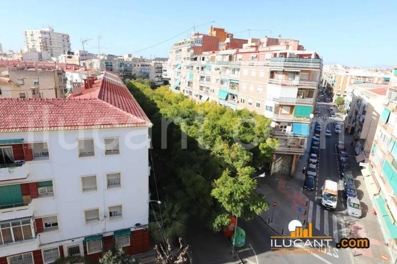 Alicante,Alicante,España,3 Bedrooms Bedrooms,1 BañoBathrooms,Pisos,12648