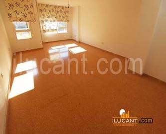 Alicante,Alicante,España,3 Bedrooms Bedrooms,2 BathroomsBathrooms,Pisos,12650