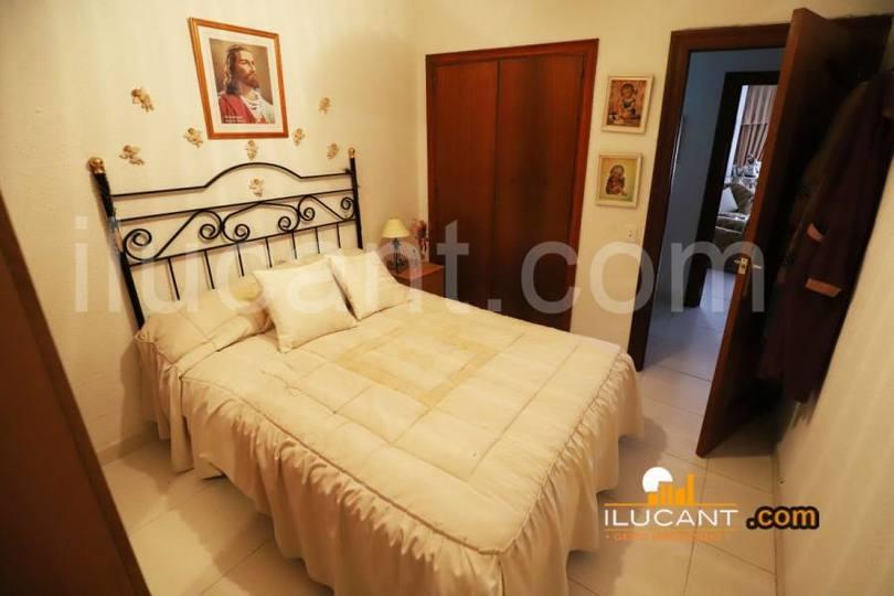 Alicante,Alicante,España,2 Bedrooms Bedrooms,1 BañoBathrooms,Pisos,12652