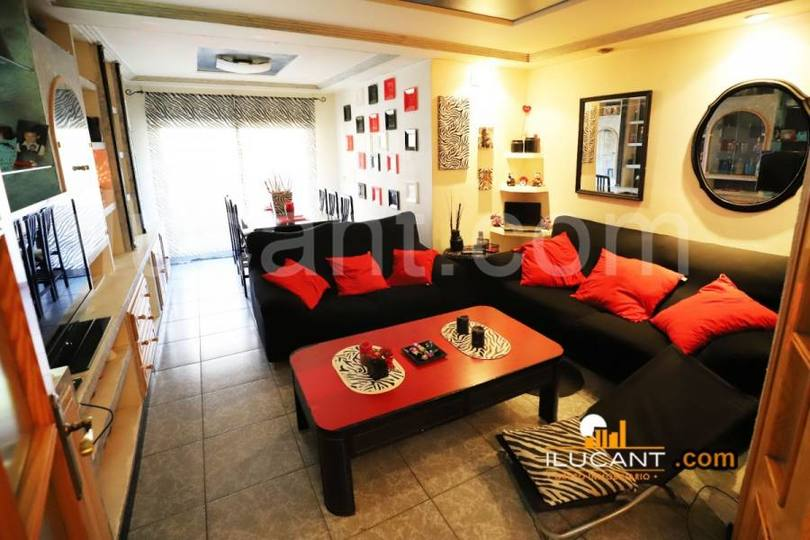 San Vicente del Raspeig,Alicante,España,3 Bedrooms Bedrooms,2 BathroomsBathrooms,Pisos,12654