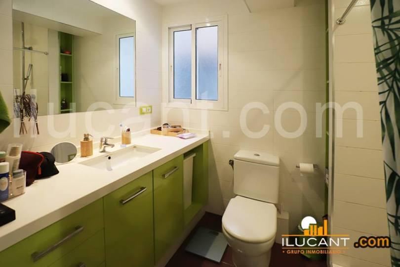 Alicante,Alicante,España,2 Bedrooms Bedrooms,1 BañoBathrooms,Pisos,12660