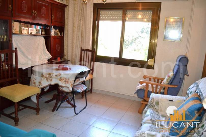 Alicante,Alicante,España,3 Bedrooms Bedrooms,1 BañoBathrooms,Pisos,12665