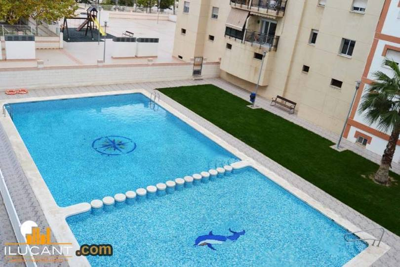 Alicante,Alicante,España,3 Bedrooms Bedrooms,2 BathroomsBathrooms,Pisos,12671