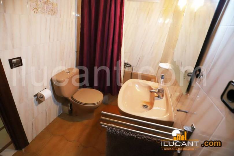 Alicante,Alicante,España,3 Bedrooms Bedrooms,1 BañoBathrooms,Pisos,12683