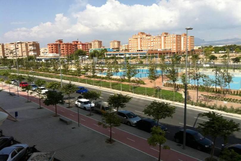 Alicante,Alicante,España,4 Bedrooms Bedrooms,2 BathroomsBathrooms,Pisos,12691