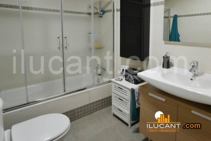 Alicante,Alicante,España,2 Bedrooms Bedrooms,2 BathroomsBathrooms,Pisos,12692