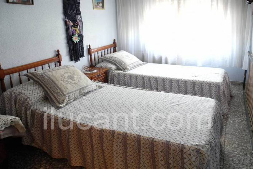 Alicante,Alicante,España,3 Bedrooms Bedrooms,1 BañoBathrooms,Pisos,12707