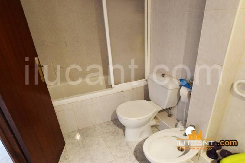 Alicante,Alicante,España,3 Bedrooms Bedrooms,1 BañoBathrooms,Pisos,12713