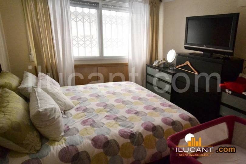 Alicante,Alicante,España,2 Bedrooms Bedrooms,1 BañoBathrooms,Pisos,12717