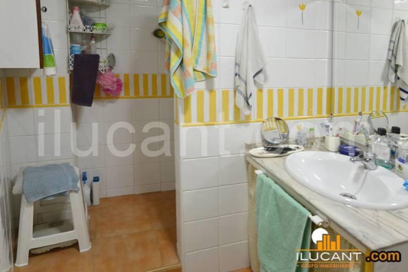 Alicante,Alicante,España,2 Bedrooms Bedrooms,1 BañoBathrooms,Pisos,12718