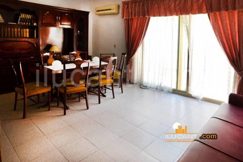 Alicante,Alicante,España,3 Bedrooms Bedrooms,1 BañoBathrooms,Pisos,12724
