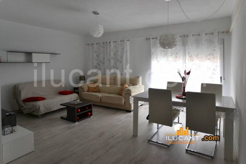 Alicante,Alicante,España,3 Bedrooms Bedrooms,1 BañoBathrooms,Pisos,12725