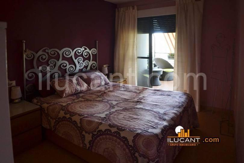 San Vicente del Raspeig,Alicante,España,3 Bedrooms Bedrooms,2 BathroomsBathrooms,Pisos,12727