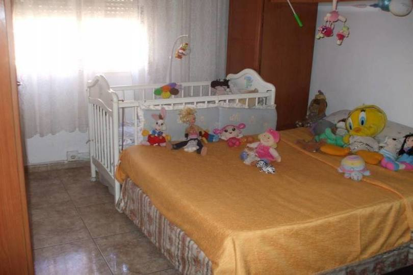 Alicante,Alicante,España,3 Bedrooms Bedrooms,1 BañoBathrooms,Pisos,12737
