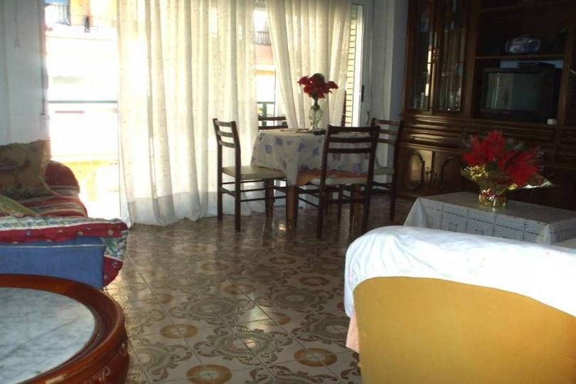 Alicante,Alicante,España,3 Bedrooms Bedrooms,1 BañoBathrooms,Pisos,12739