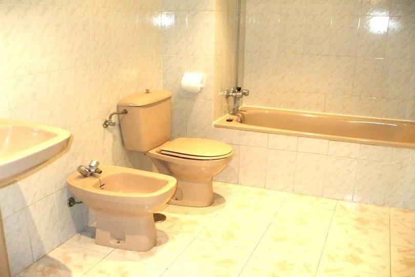 Alicante,Alicante,España,4 Bedrooms Bedrooms,2 BathroomsBathrooms,Pisos,12741