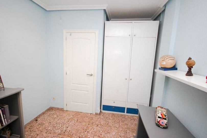 Elche,Alicante,España,4 Bedrooms Bedrooms,1 BañoBathrooms,Pisos,12755