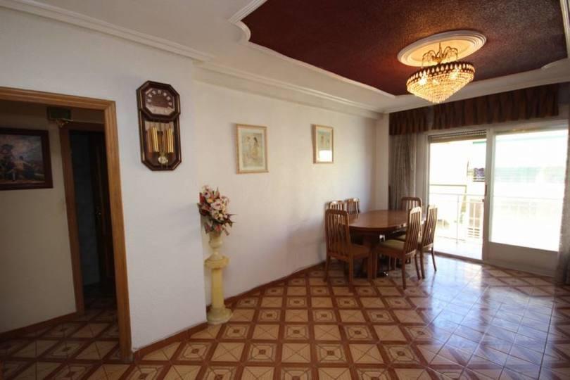 Elche,Alicante,España,4 Bedrooms Bedrooms,1 BañoBathrooms,Pisos,12757