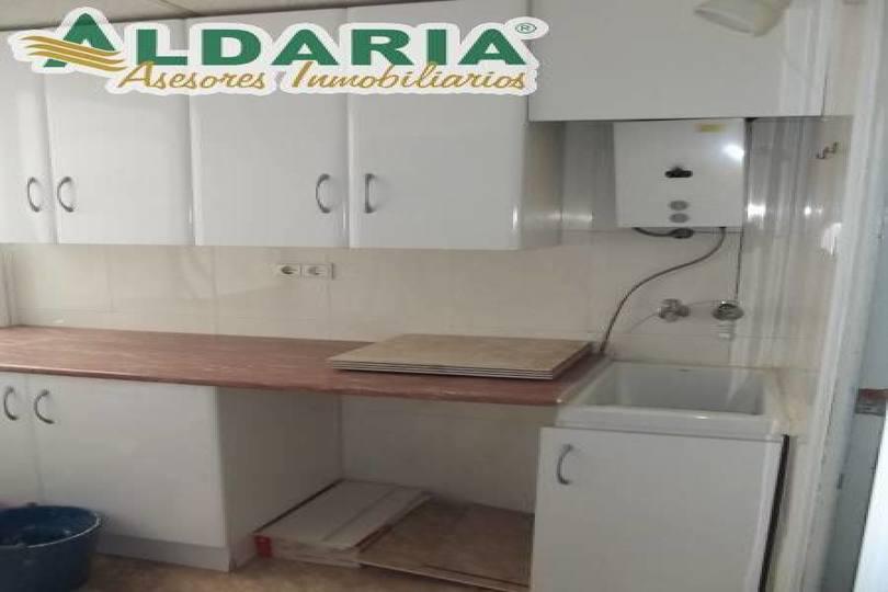 Elche,Alicante,España,5 Bedrooms Bedrooms,1 BañoBathrooms,Pisos,12759
