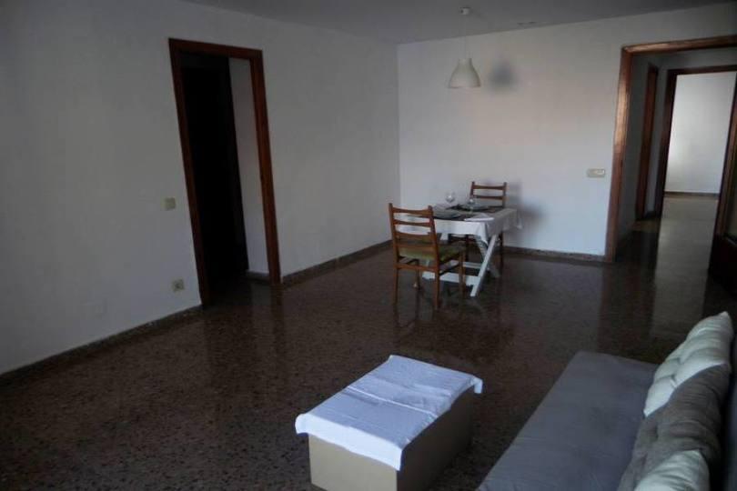 Alicante,Alicante,España,4 Bedrooms Bedrooms,2 BathroomsBathrooms,Pisos,13859