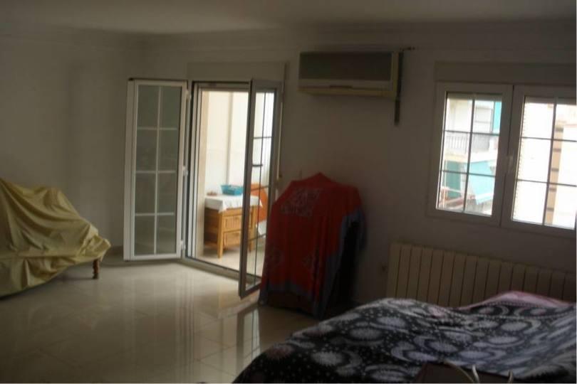 Alicante,Alicante,España,3 Bedrooms Bedrooms,1 BañoBathrooms,Pisos,13863