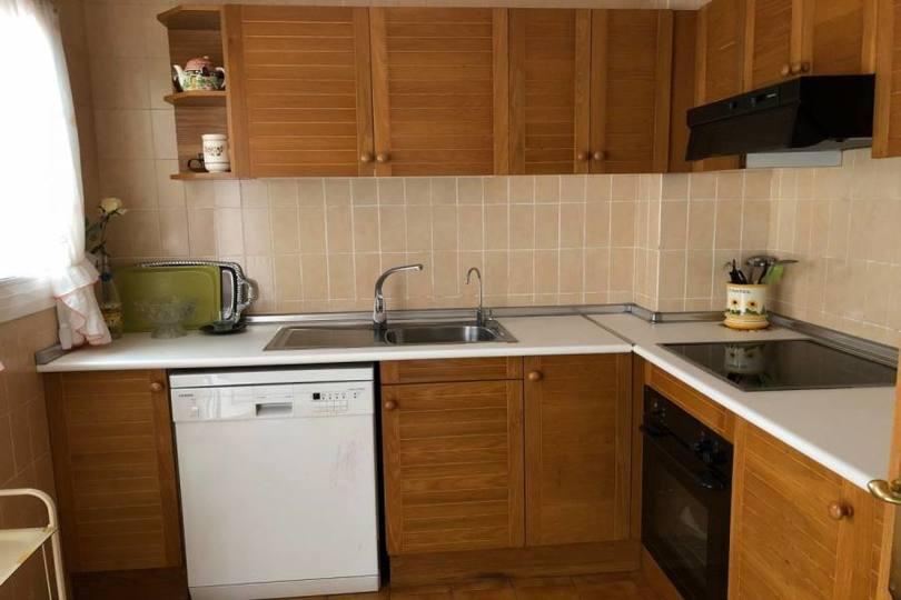 Alicante,Alicante,España,4 Bedrooms Bedrooms,2 BathroomsBathrooms,Pisos,13865