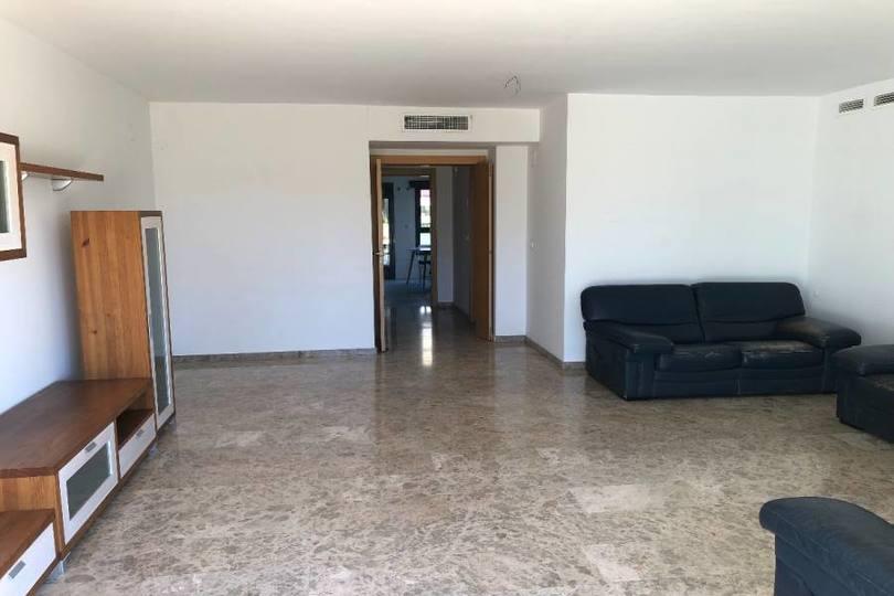 Alicante,Alicante,España,3 Bedrooms Bedrooms,2 BathroomsBathrooms,Pisos,13866