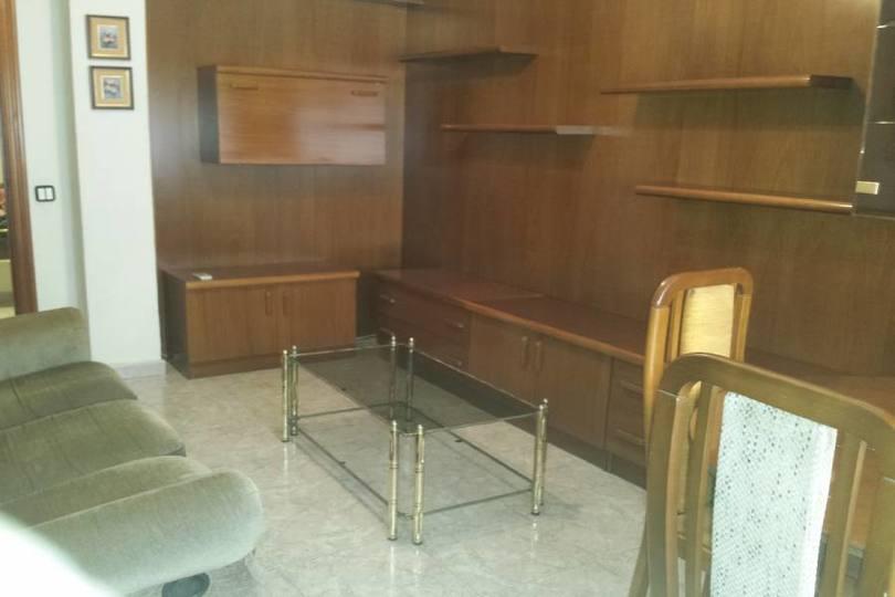 Alicante,Alicante,España,4 Bedrooms Bedrooms,1 BañoBathrooms,Pisos,13867