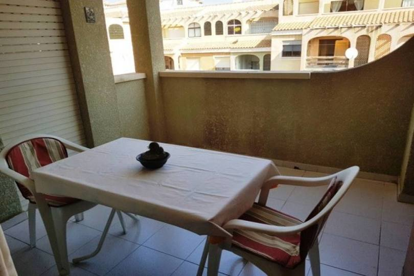 Torrevieja, Alicante, España, 2 Bedrooms Bedrooms, ,1 BañoBathrooms,Pisos,Venta,13882