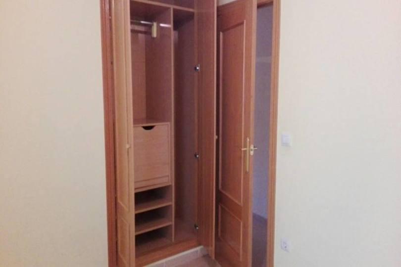 Alicante,Alicante,España,3 Bedrooms Bedrooms,2 BathroomsBathrooms,Pisos,13894