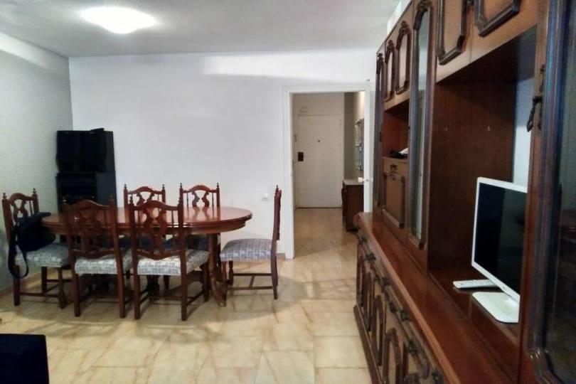 Alicante,Alicante,España,3 Bedrooms Bedrooms,1 BañoBathrooms,Pisos,13906